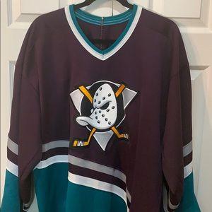 Men's 2XL Vintage 1990s Mighty Ducks Jersey